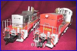 2 Car Set USA Trains R22023 + R22024 Nw 2 Santa Fe Warbonnet & Calf Locomotives