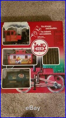 LGB 72997 Warner Brothers Looney Tunes Train Set. New in box