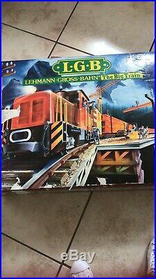 Lehmann LGB train set -the big train some parts missing, damaged box. Works well