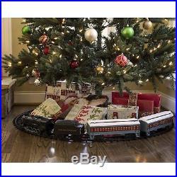 Lionel Polar Express Train Set with Bonus Santas Bell