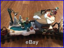 New Bright The Holiday Express Animated Train Set Music & Lights NO. 387 G Scale