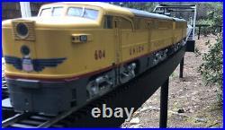 USA TRAINS R22403 UNION PACIFIC #604 ALCO PA1/PB1 Set G Scale. SLEEK, VGC